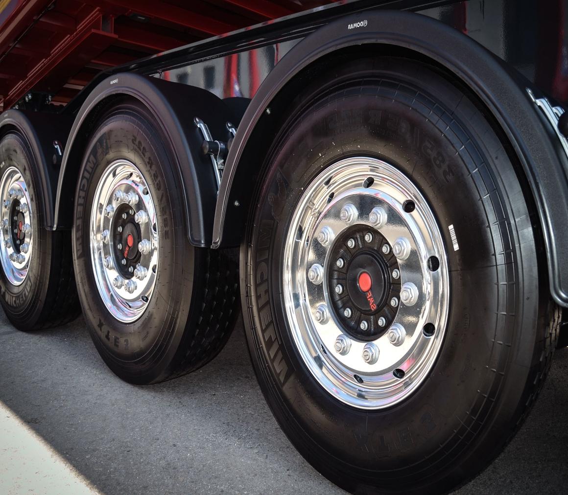 https://elizmar.com.mx/wp-content/uploads/2020/05/llantas-camion.jpg